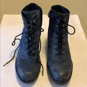 """Like New """"Born"""" Suede Boots Size 11 M"""
